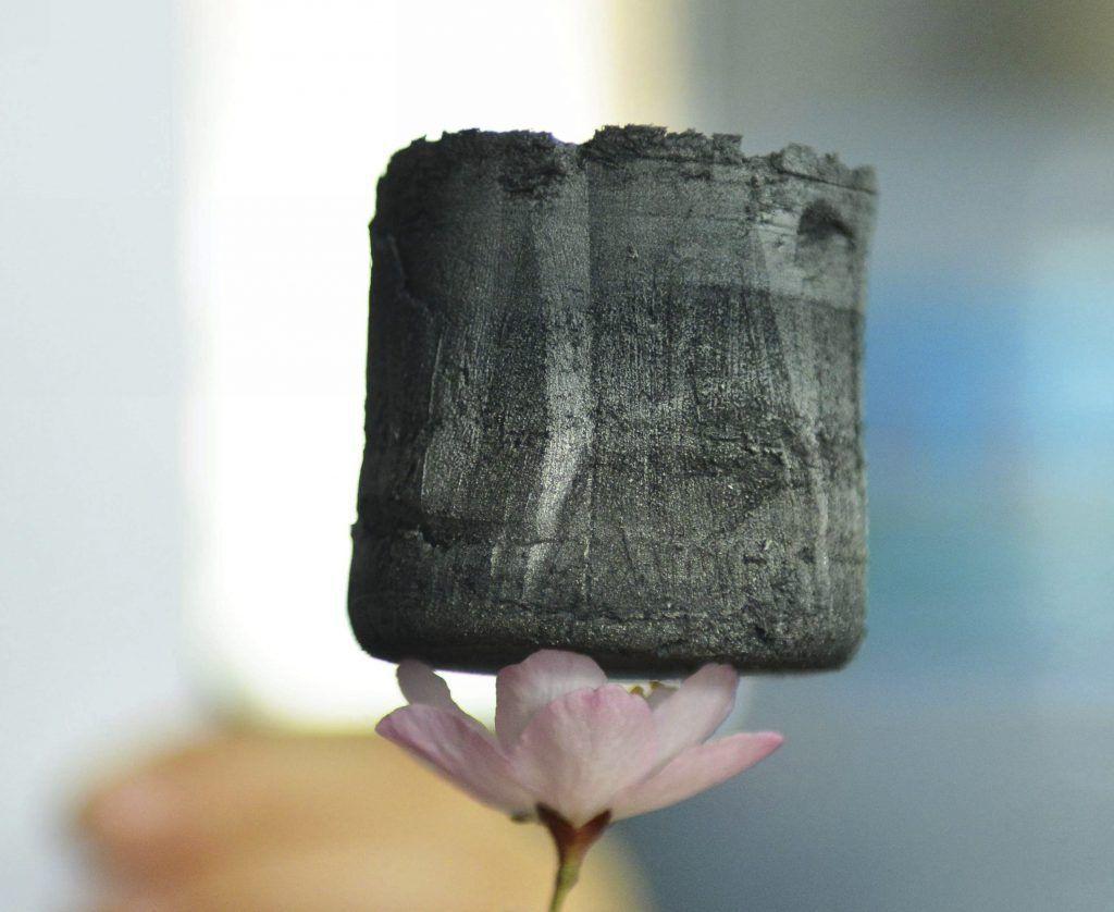 Aerogel de grafeno, uno de los materiales del futuro