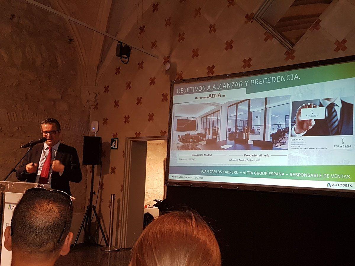 Juan Carlos Cabrero durante su ponencia sobre BIM en la reforma de viviendas en Autodesk Fórum 2017