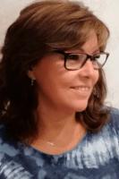Victoria Gómez, Renovaciones y Asesora Comercial