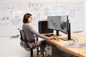 Ingeniero trabajando con su workstation Z de HP
